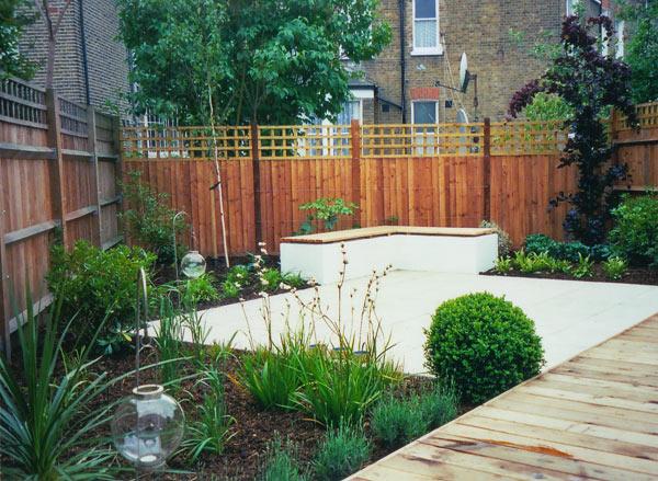 Tim mackley contemporary garden design for Rear garden designs