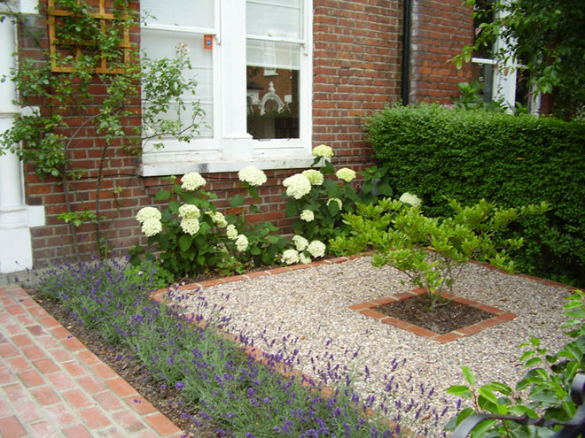 Front garden design formal pdf for Formal front garden ideas